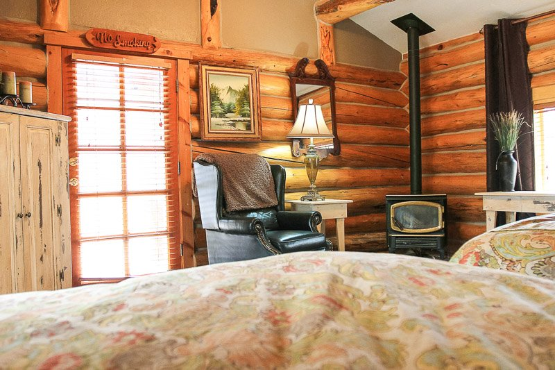 The Aspen Cabin {Afton, Wyoming Lodging}